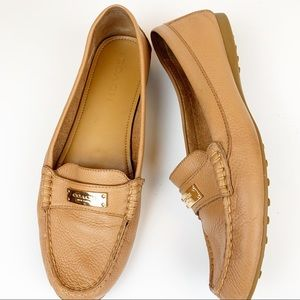 Coach Frederica leather classic fldriving loafers